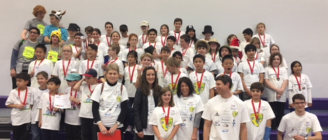 Group picture of the FIRST Lego League Teams